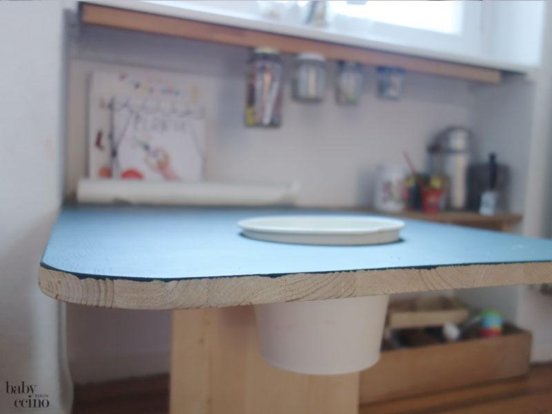 babyccino-basteltisch-tisch