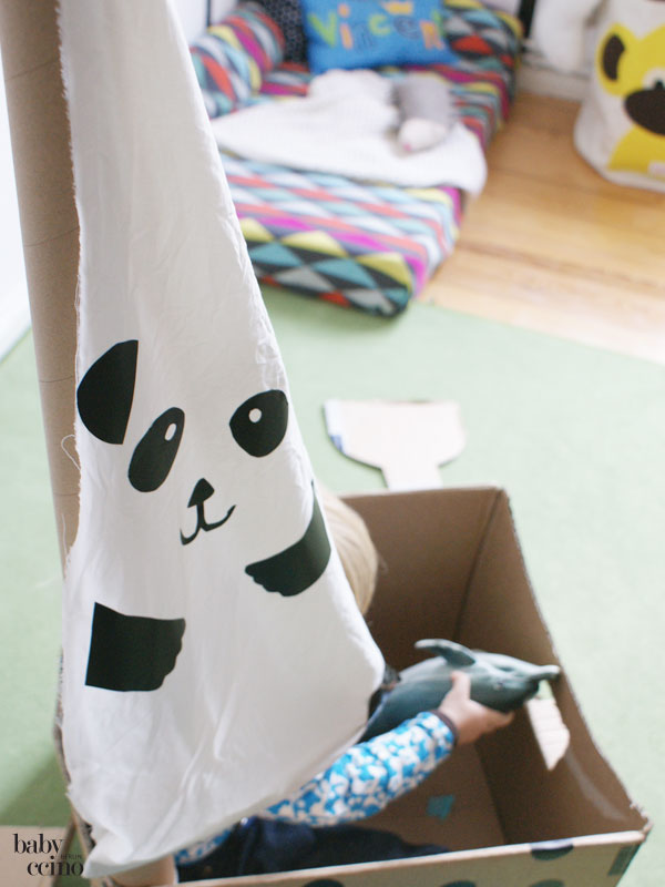 Upcycling-pappboot-panda-9