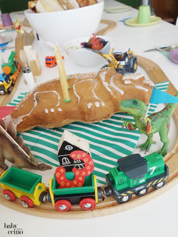 Kindergeburtstag-Dino-Party-2